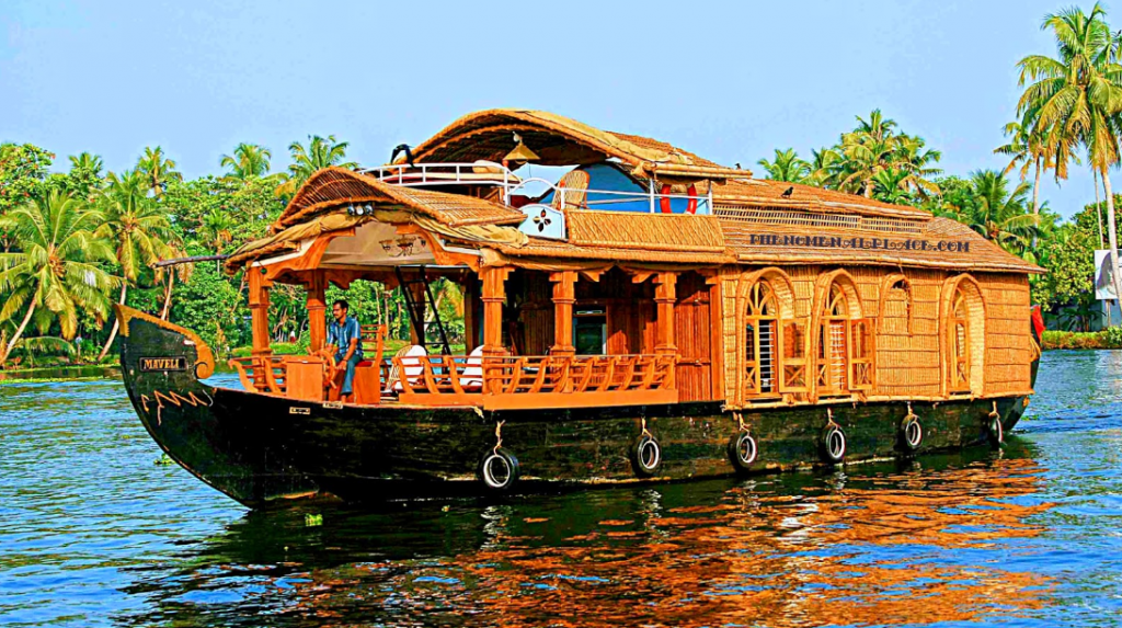 Tips To Choose The Best Houseboat For The Ride